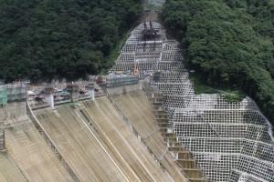 建築中のダムそのいち